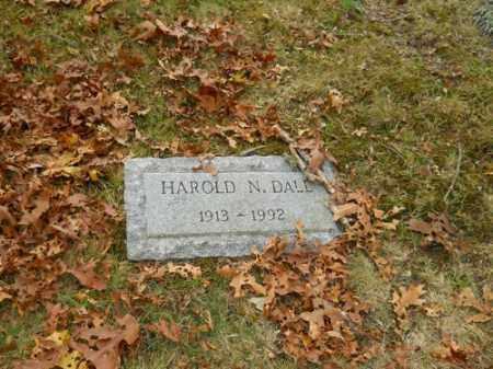 DALL, HAROLD N - Barnstable County, Massachusetts | HAROLD N DALL - Massachusetts Gravestone Photos