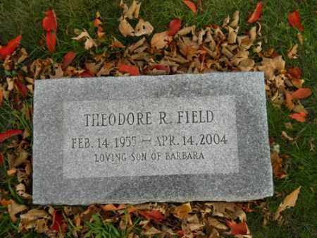 FIELD, THEODORE R - Barnstable County, Massachusetts | THEODORE R FIELD - Massachusetts Gravestone Photos