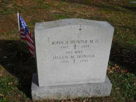HUNTER, HELEN M - Barnstable County, Massachusetts | HELEN M HUNTER - Massachusetts Gravestone Photos