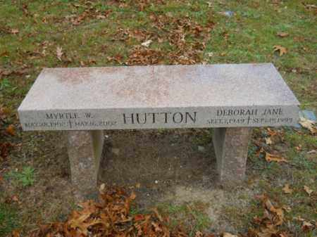 HUTTON, MYRTLE W - Barnstable County, Massachusetts | MYRTLE W HUTTON - Massachusetts Gravestone Photos