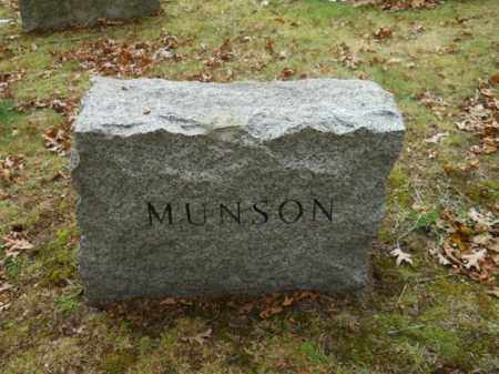 MUNSON, RICHARD G - Barnstable County, Massachusetts   RICHARD G MUNSON - Massachusetts Gravestone Photos