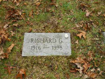 MUNSON, RICHARD G - Barnstable County, Massachusetts | RICHARD G MUNSON - Massachusetts Gravestone Photos