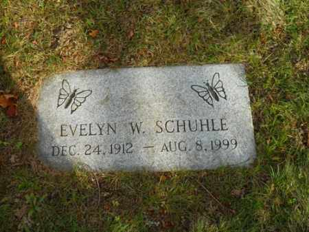 SCHUHLE, EVELYN W - Barnstable County, Massachusetts | EVELYN W SCHUHLE - Massachusetts Gravestone Photos