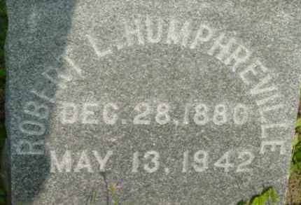 HUMPHREVILLE, ROBERT L - Berkshire County, Massachusetts | ROBERT L HUMPHREVILLE - Massachusetts Gravestone Photos