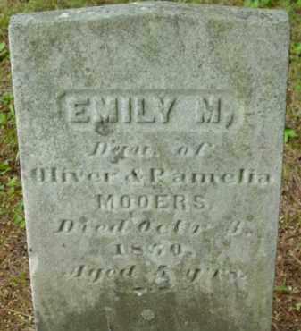 MOOERS, EMILY M - Berkshire County, Massachusetts | EMILY M MOOERS - Massachusetts Gravestone Photos