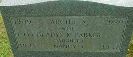 PARKER, GLADYS M - Berkshire County, Massachusetts | GLADYS M PARKER - Massachusetts Gravestone Photos