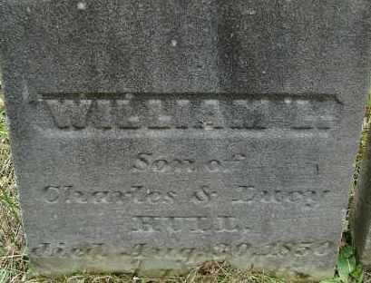 HULL, WILLIAM L - Hampden County, Massachusetts | WILLIAM L HULL - Massachusetts Gravestone Photos