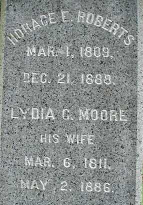MOORE ROBERTS, LYDIA C - Hampden County, Massachusetts | LYDIA C MOORE ROBERTS - Massachusetts Gravestone Photos