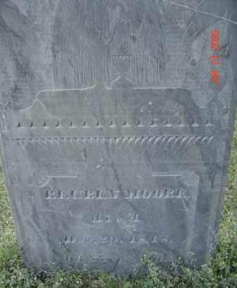 MOORE, REUBEN - Middlesex County, Massachusetts   REUBEN MOORE - Massachusetts Gravestone Photos
